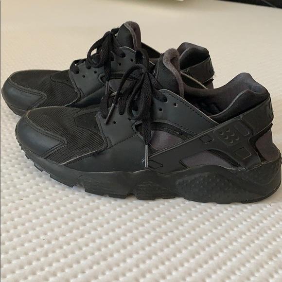 Black Nike Huaraches | Poshmark
